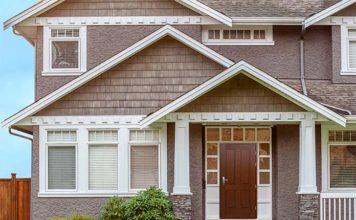 Drzwi zewnętrzne drewniane kontra stalowe – jakie wybrać?