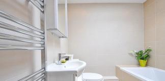 Płytkie wanny łazienkowe odpowiedzią na potrzeby seniorów