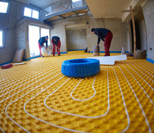 Wydajność ogrzewania podłogowe – czy to się opłaca?