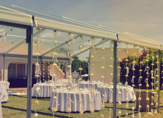 Jak udekorować stół weselny?