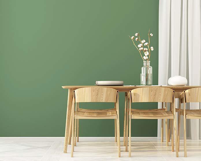 Dlaczego warto zdecydować się na meble drewniane w swoim domu?