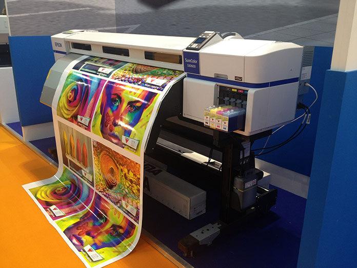 Czy opłaca się drukować w domu? Gdzie można taniej kupić toner do drukarki Samsung?