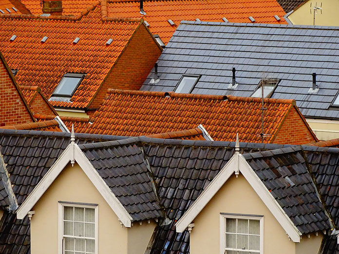 Czym pomalować dach