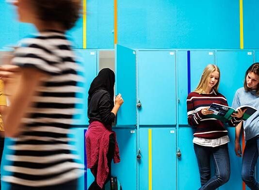 nowoczesne szkolne szafki