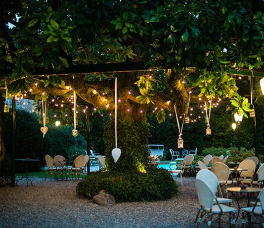 Praktyczne i reprezentacyjne lampy oświetlające dom, ogród i podjazd