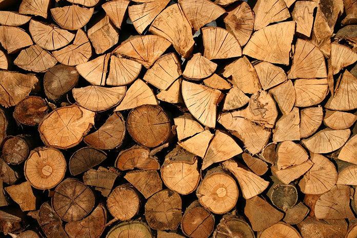 Kiedy może przydać się łuparka do drewna